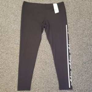 🥳 NWT Women's Adidas active leggings size XL